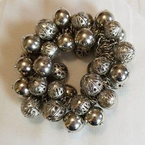 Jewelry - Multi Silver Tone Bead Stretch Brqcelet